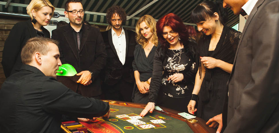 CASINO ROYALE  alebo aj  JAMES BOND PARTY-james-bond-casino-08.jpg