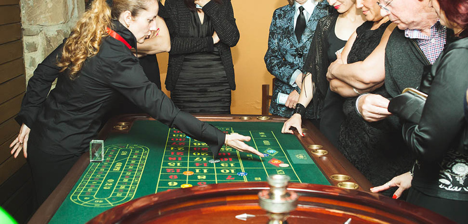 CASINO ROYALE  alebo aj  JAMES BOND PARTY-james-bond-casino-09.jpg