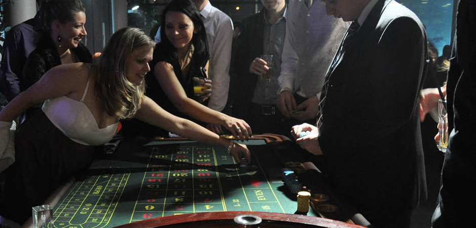 CASINO ROYALE  alebo aj  JAMES BOND PARTY-james-bond-casino-14.jpg